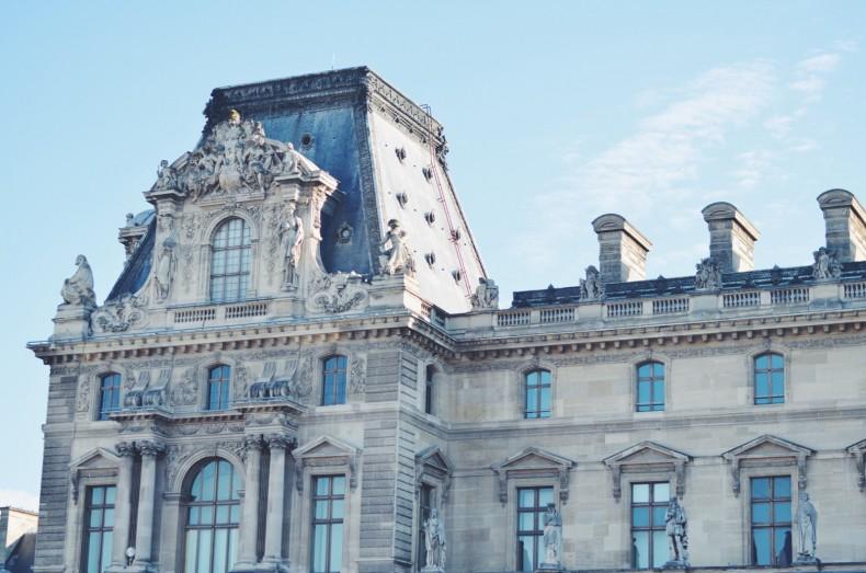 arquitetura-louvre-paris