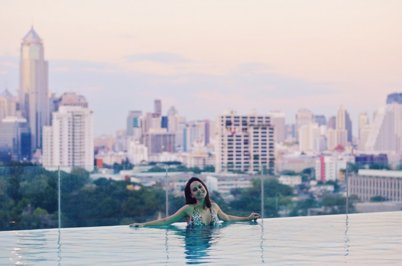 piscina-do-sofitel-so-bangkok