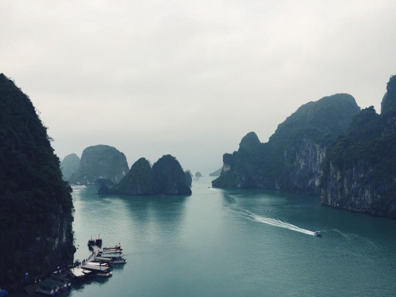 viagem-halong-bay-vietnam