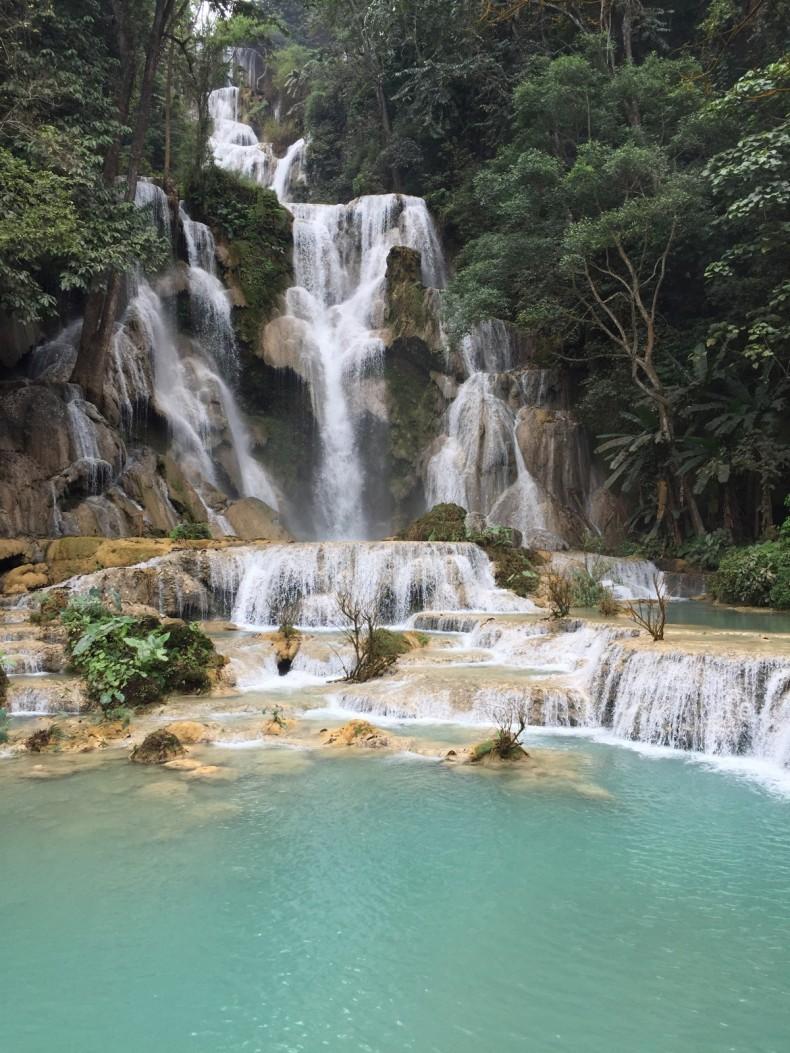 cachoeiras-cristalinas-no-laos
