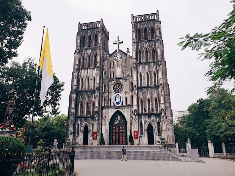 catedral-st-joseph-hanoi-vietnam